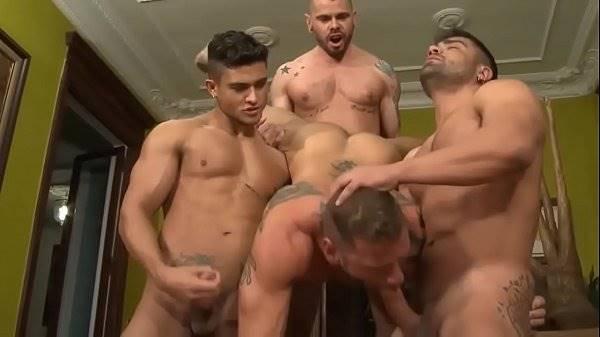 Sexo com sarados e gostosos fudendo ate gozar