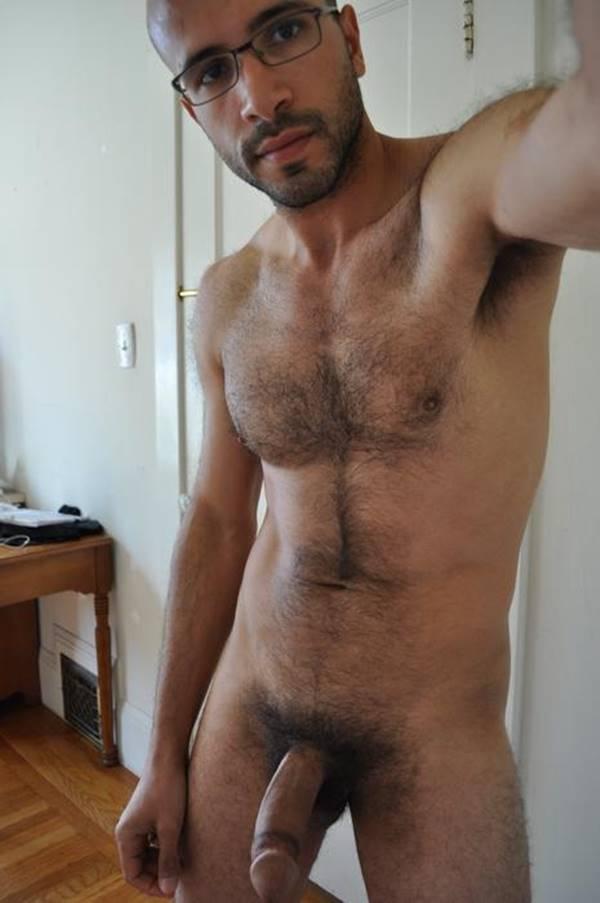 Homens peludos pelados
